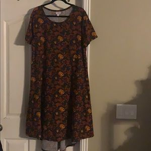 LuLaRoe 2XL CARLY